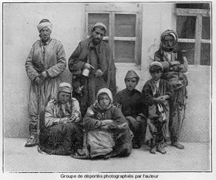 Groupe de déportés photographiés par l'auteur